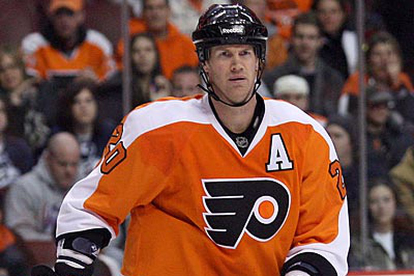 Flyers Notes: Flyers' Pronger won't say whether he'll play in opener