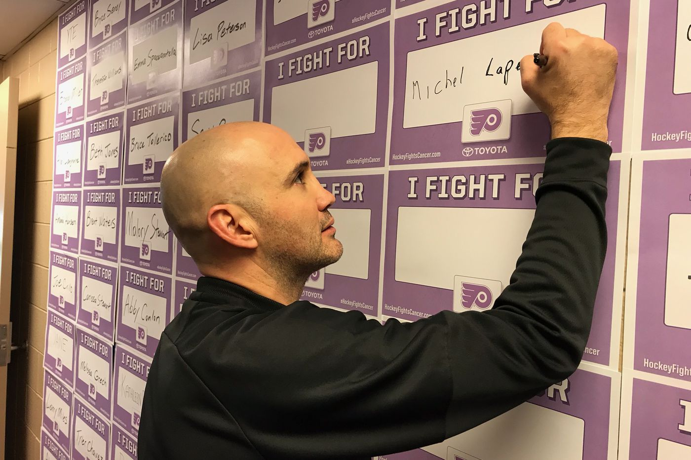 """It'll be an emotional night as Flyers and Canucks mark """"hockey fights cancer"""""""