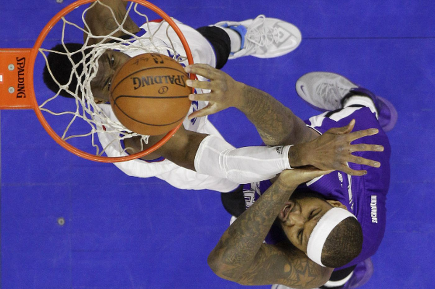 Sixers overcome poor first half to defeat Kings