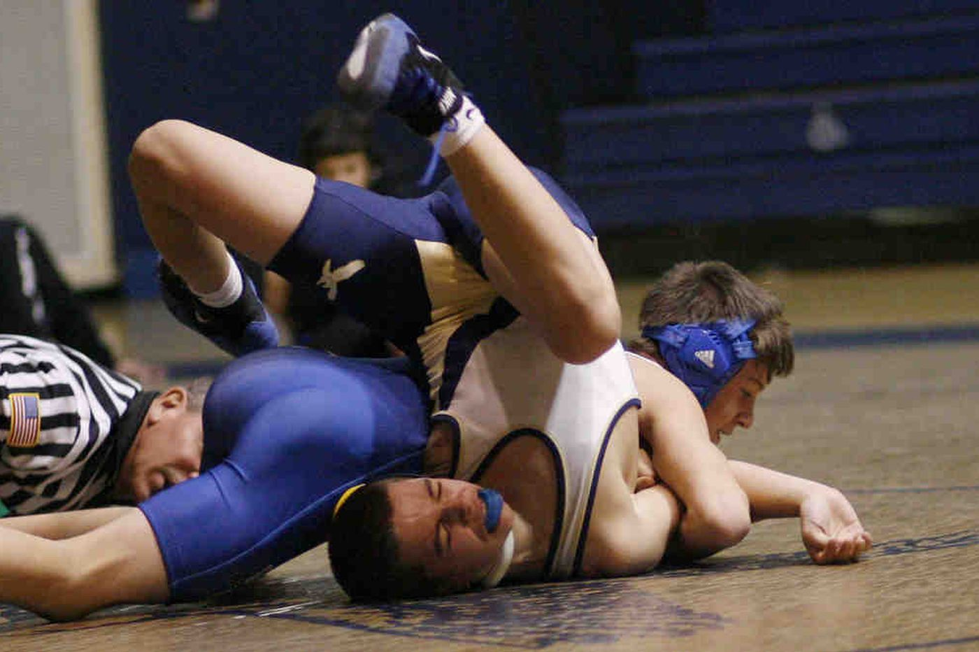 C.R. South scores 2 wins in double-dual wrestling