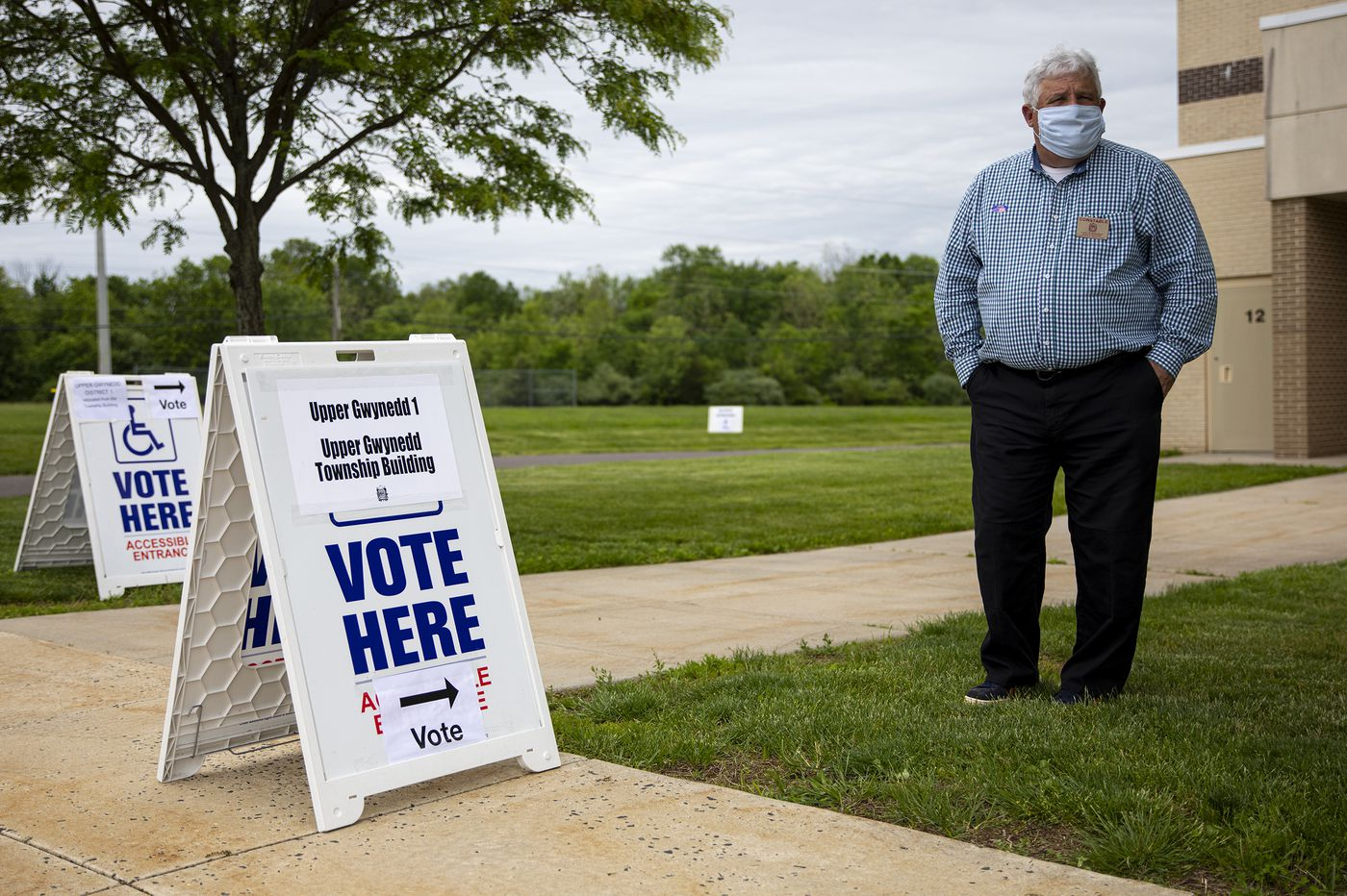 How to become a poll worker for the November election (and make up to $250 to do it)