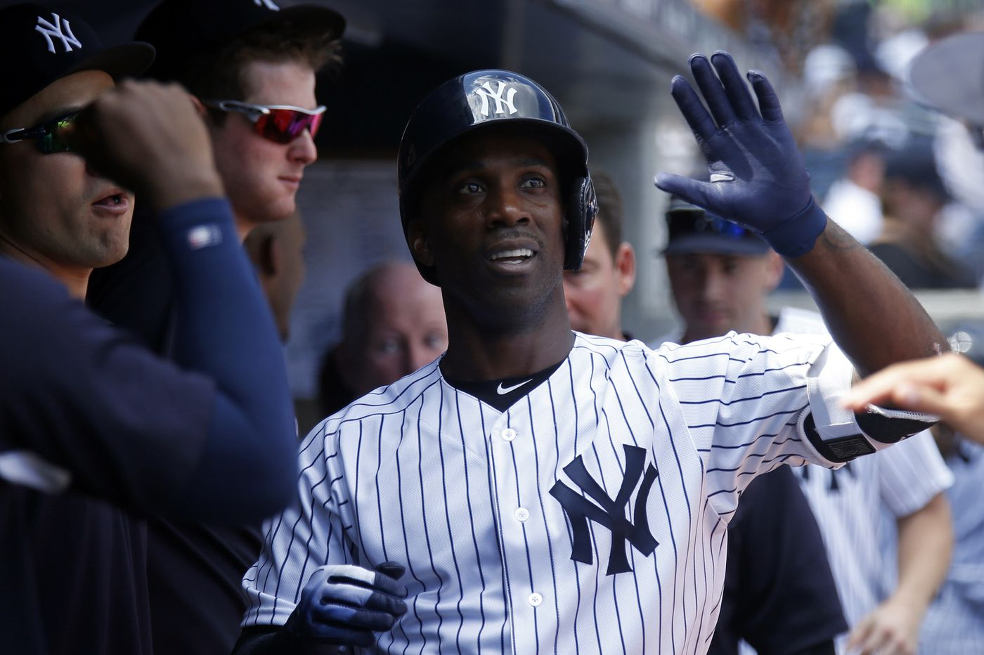 Phillies, outfielder Andrew McCutchen agree to deal