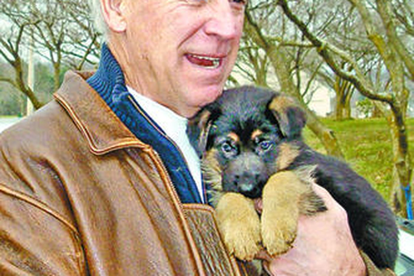 Biden buys a German shepherd puppy from a Pa. kennel