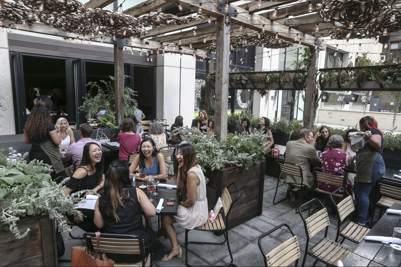 Harper's Garden brings indoor-outdoor restaurant ambitions to Rittenhouse