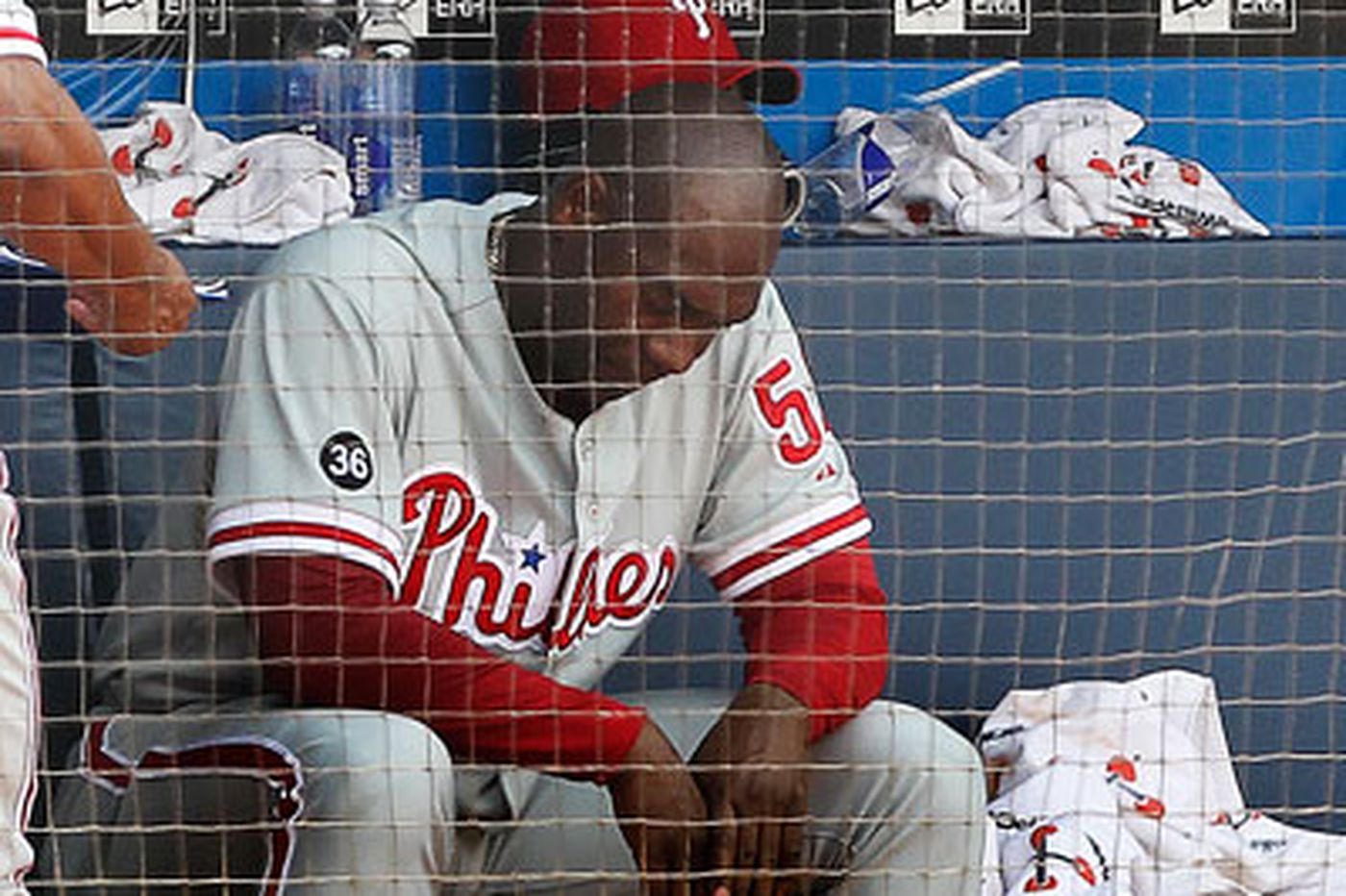 Struggling Phillies swept by Braves