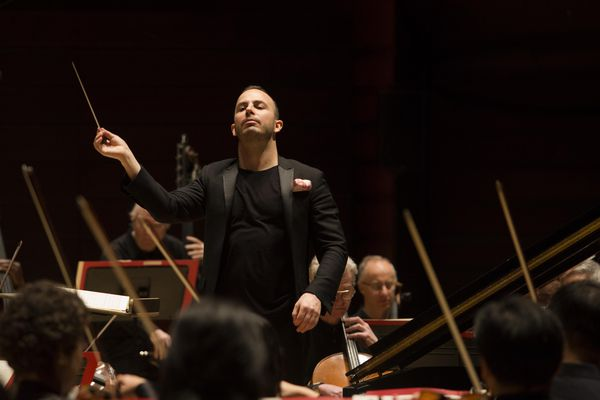 Philadelphia Orchestra's all-Mozart program reveals operas in disguise