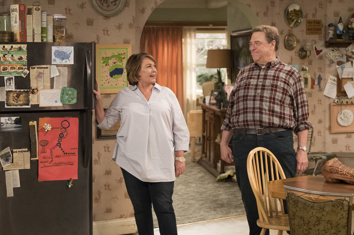 Will 'Roseanne' fans show up for a Barr-free 'The Conners'?