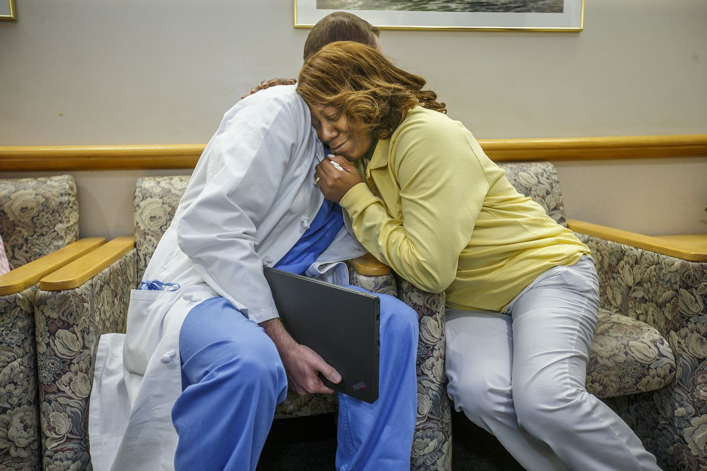 Jefferson uses webcam to update family members from the OR