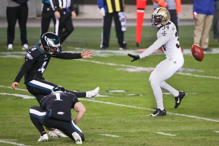 Eagles kicker Jake Elliott attempts a field goal against the New Orleans Saints. He missed a 22-yarder in the game.