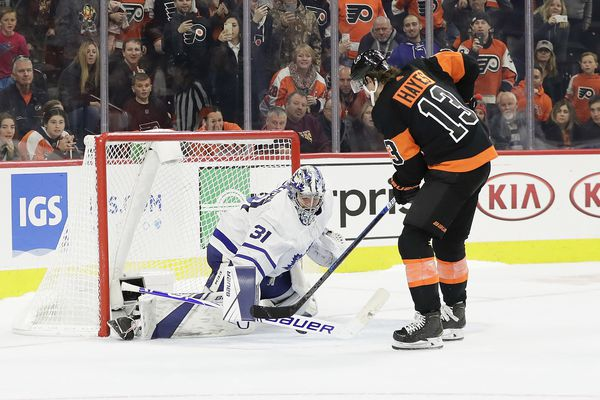 Carter Hart getting start as Flyers try to extend winning streak vs. revived Maple Leafs