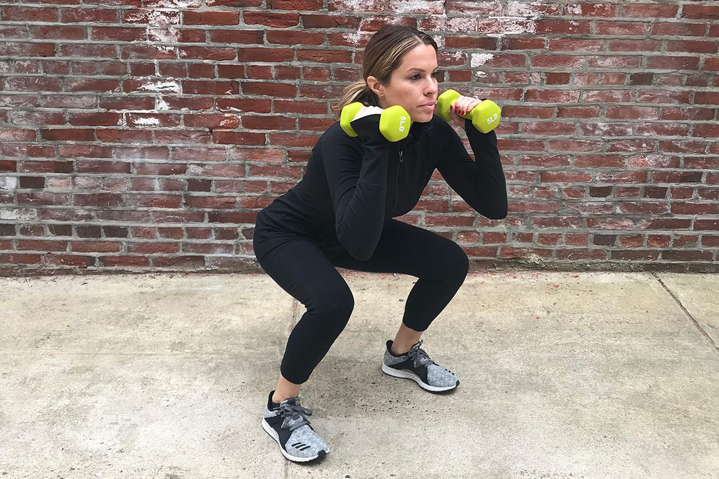 A total-body workout that focuses on sculpted arms