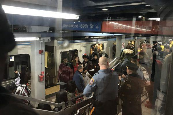 More than 100 teens brawl at 8th Street SEPTA station