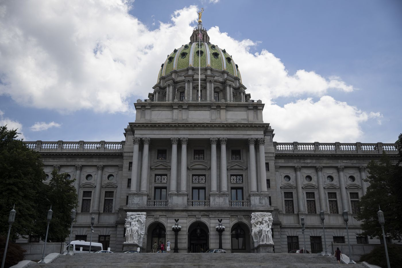 In waning days of Pa. Senate voting session, all eyes are on clergy abuse bill