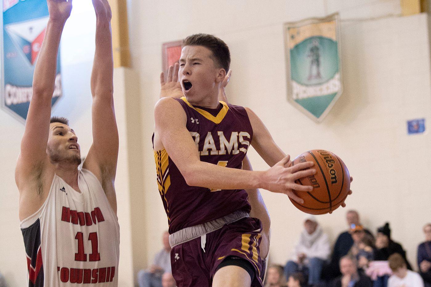 Conor Regan makes mark on Gloucester Catholic basketball