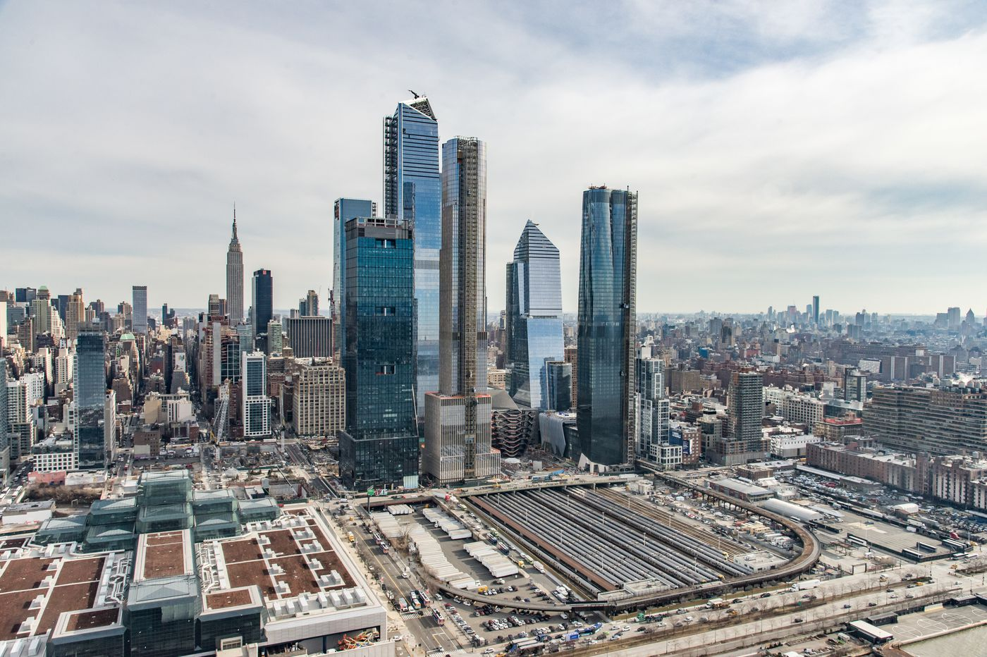 As construction starts at Philly's Schuylkill Yards, New York's Hudson Yards serves as a cautionary tale | Inga Saffron