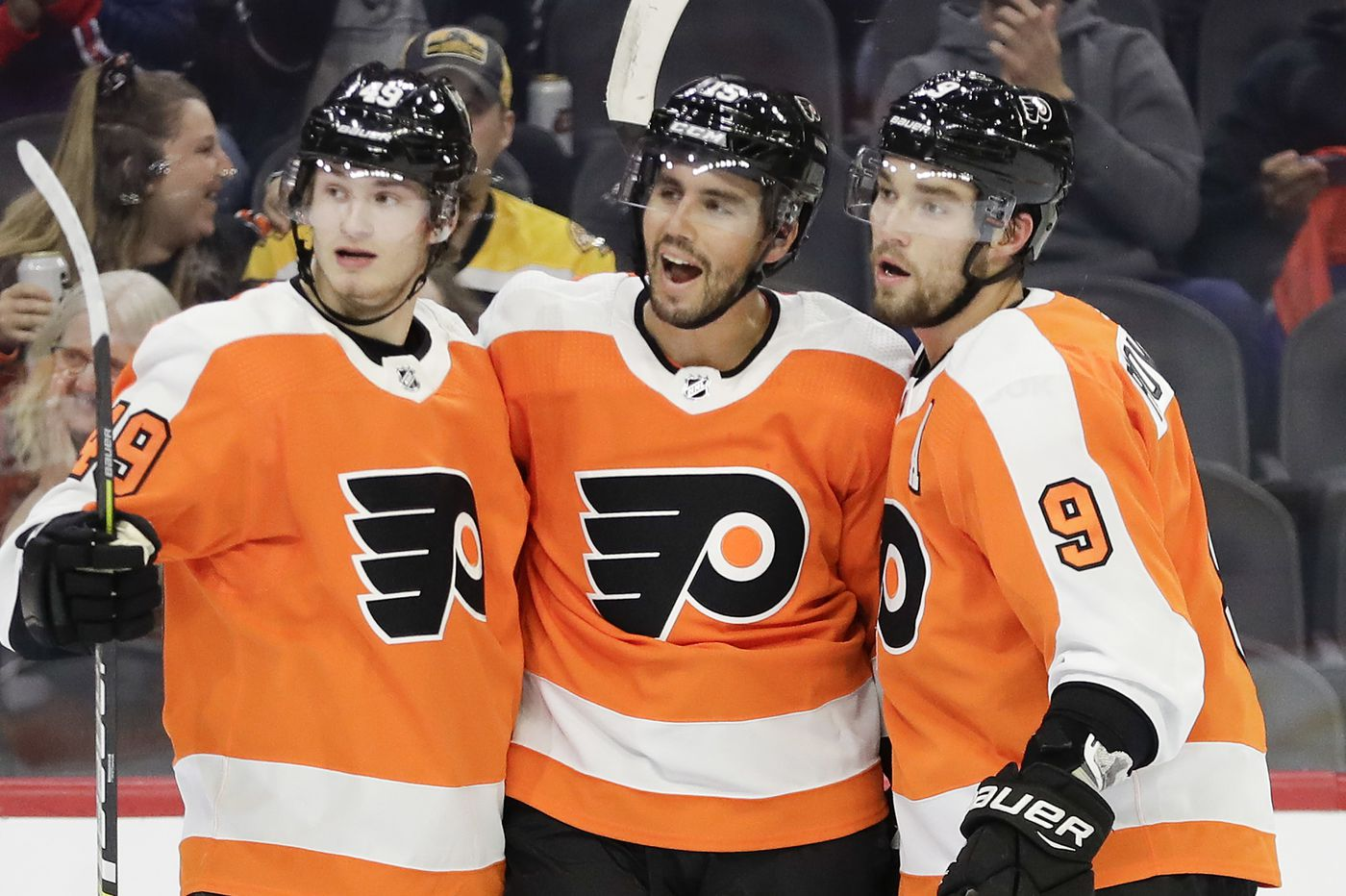 Flyers captain Claude Giroux's message to Joel Farabee on his debut: Don't overthink it