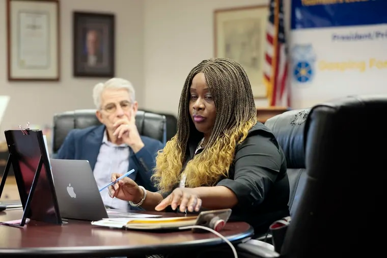 Robin Cooper, president of CASA, the Philly principals' union, is shown in this file photo. CASA signed a tentative deal with the Philadelphia School District on Thursday after more than a month without a contract.