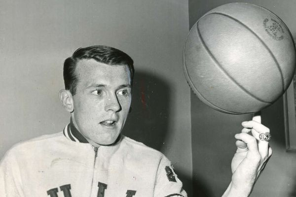Billy Cunningham goes from playground rat to the Basketball Hall of Fame | Bill Lyon