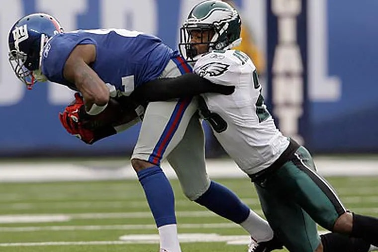 The Eagles' strong defensive effort Sunday came as a result of renewed aggressiveness. (Yong Kim/Staff Photographer)