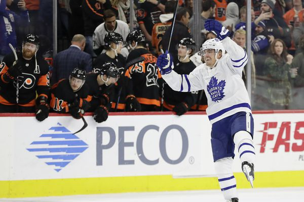 Maple Leafs go the distance in 4-3 shootout win over Flyers