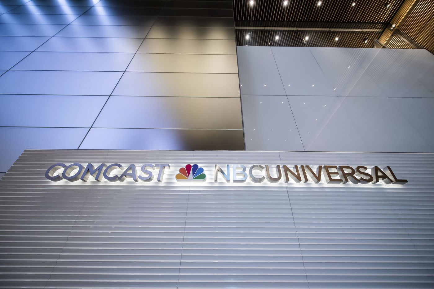 Comcast's latest earnings shows it's like a casino: 'The house always wins.' Cable shrinks while broadband booms.