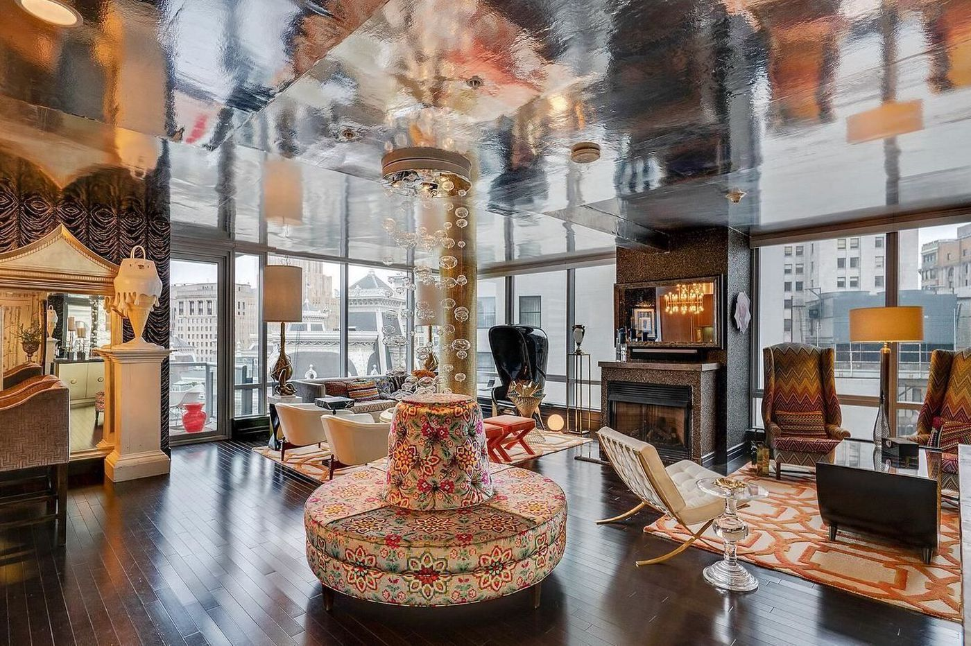 On the market: Ritz-Carlton condo inspired by Elton John for $1.75 Million