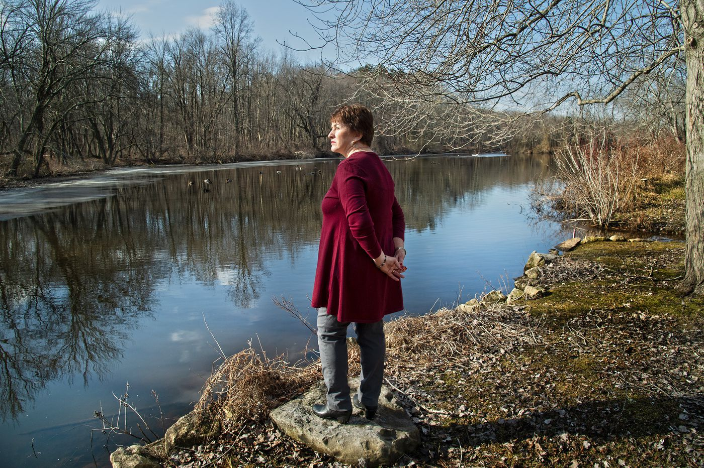 Some neighbors of N.J.'s contaminated Kirkwood Lake say cleaning the shoreline first is a big mistake