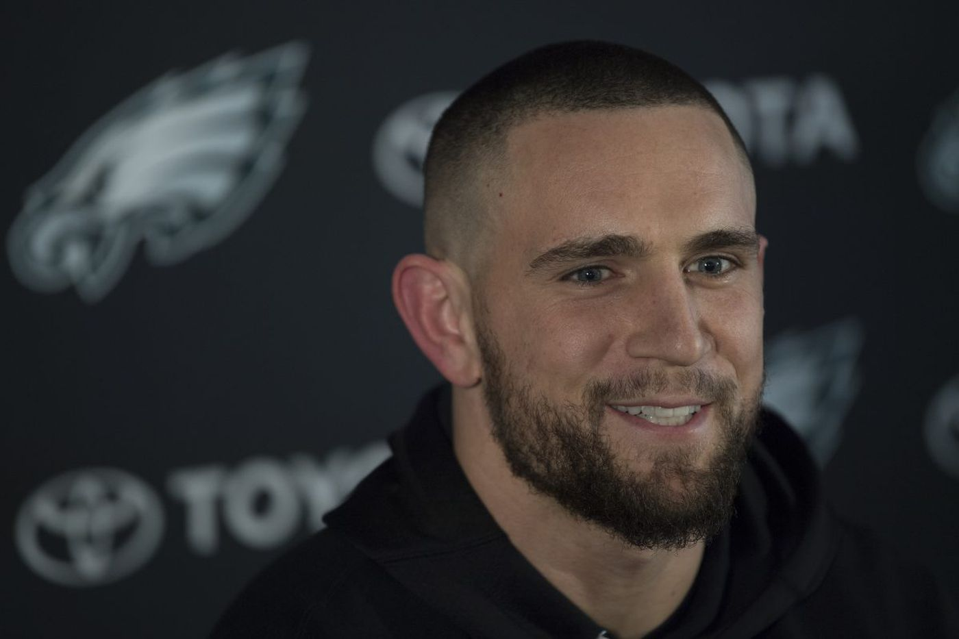 New Eagles linebacker Paul Worrilow, a Wilmington native, happy to be home