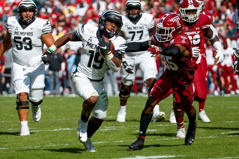 Memphis running back Kenneth Gainwell (19), shown running for a touchdown in an Oct. 12 game against Temple, is the top running back for the Tigers' explosive offense. (AP Photo/Chris Szagola)