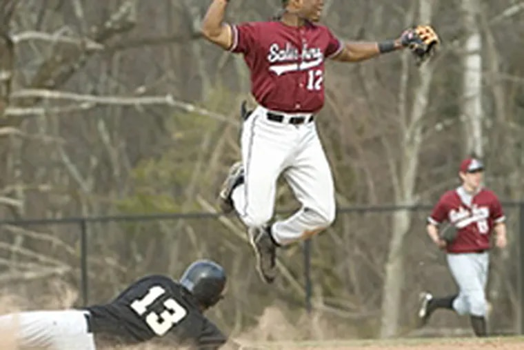 Shortstop/outfielder Anthony Hewitt, a 6-1, 195-pound righthanded hitter, attends the Salisbury (Conn.) School and has committed to play at Vanderbilt.
