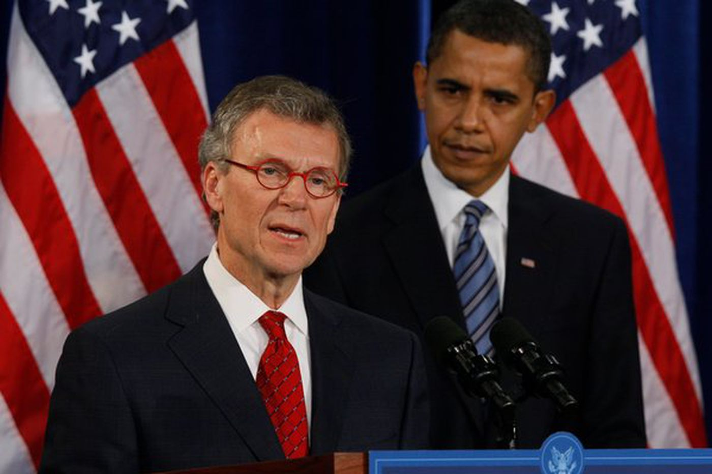 Obama names Daschle to two jobs, one big task