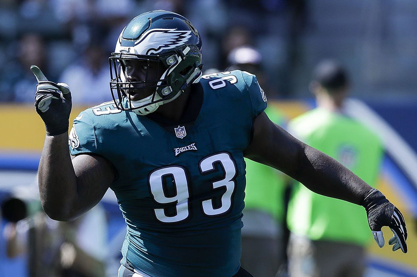 Tim Jernigan signing an example of the Eagles' creating their own good fortune | Mike Sielski