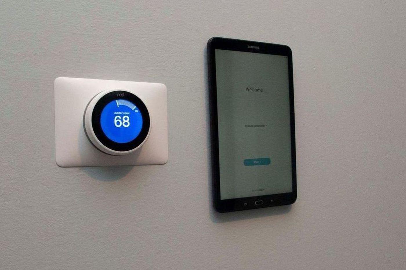 Philadelphia apartments that offer smart technology