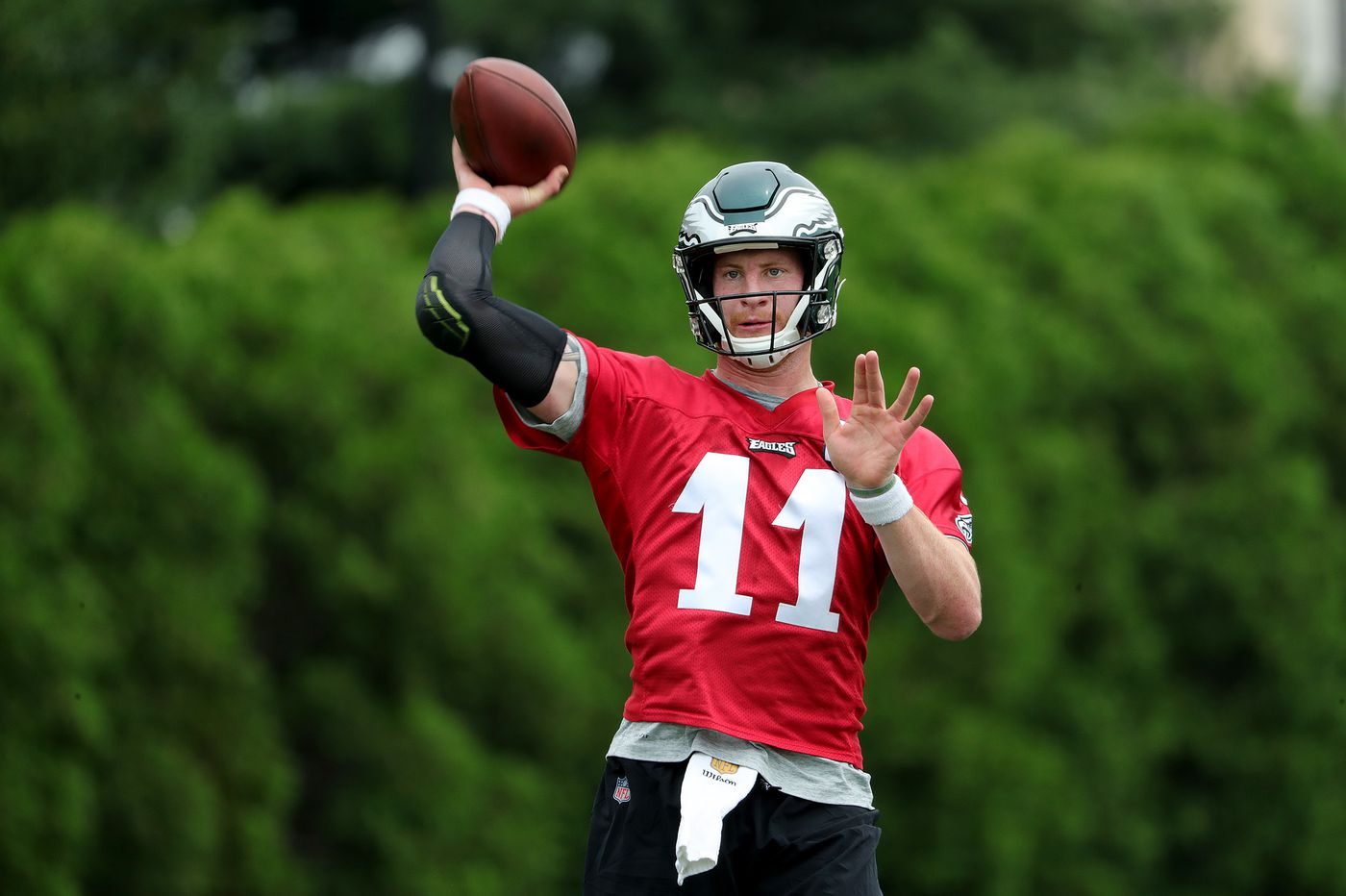 Eagles' Carson Wentz showed progress throughout the spring, 'live contact' is his next hurdle