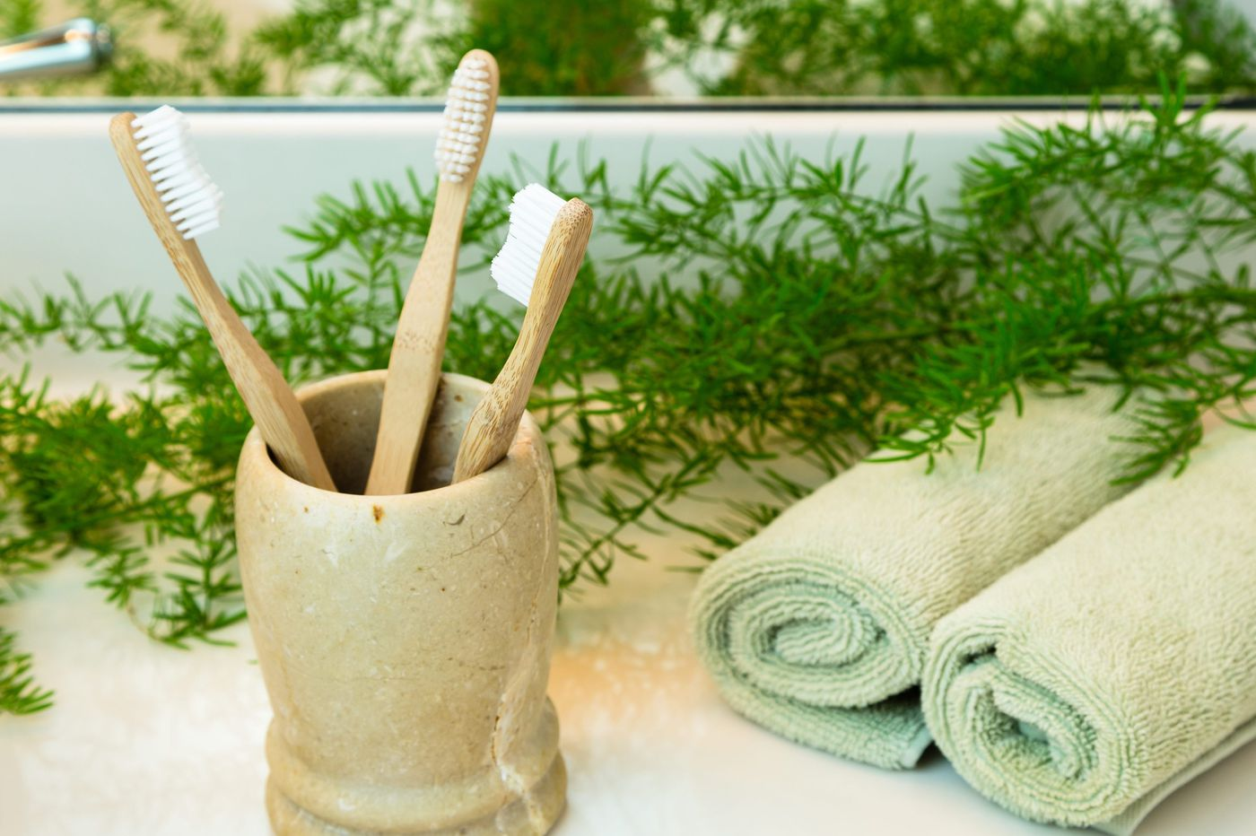 Ask Jennifer Adams: How to store your toothbrushes?