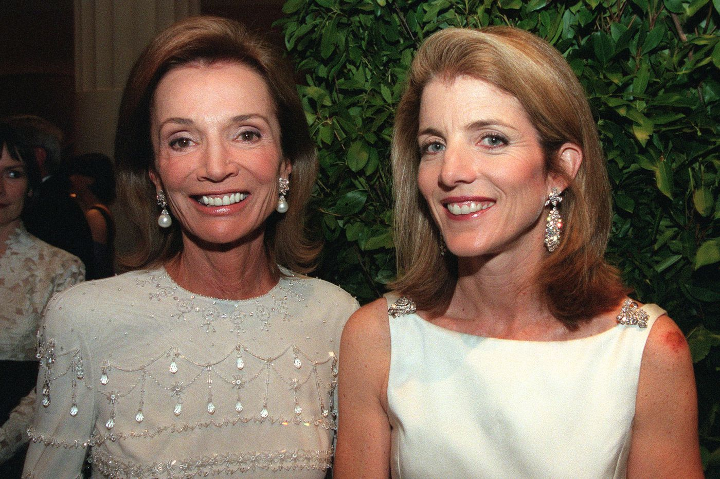 Lee Radziwill, society grande dame and sister of Jacqueline Kennedy Onassis, dies at 85