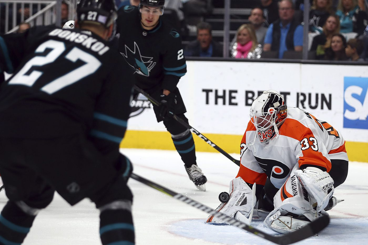 Flyers give up two late goals in overtime loss to San Jose Sharks