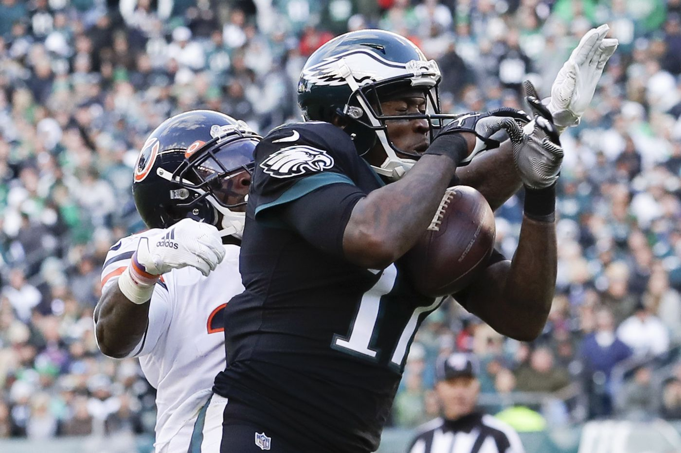Eagles' Alshon Jeffery listed as out for Patriots game with injured ankle