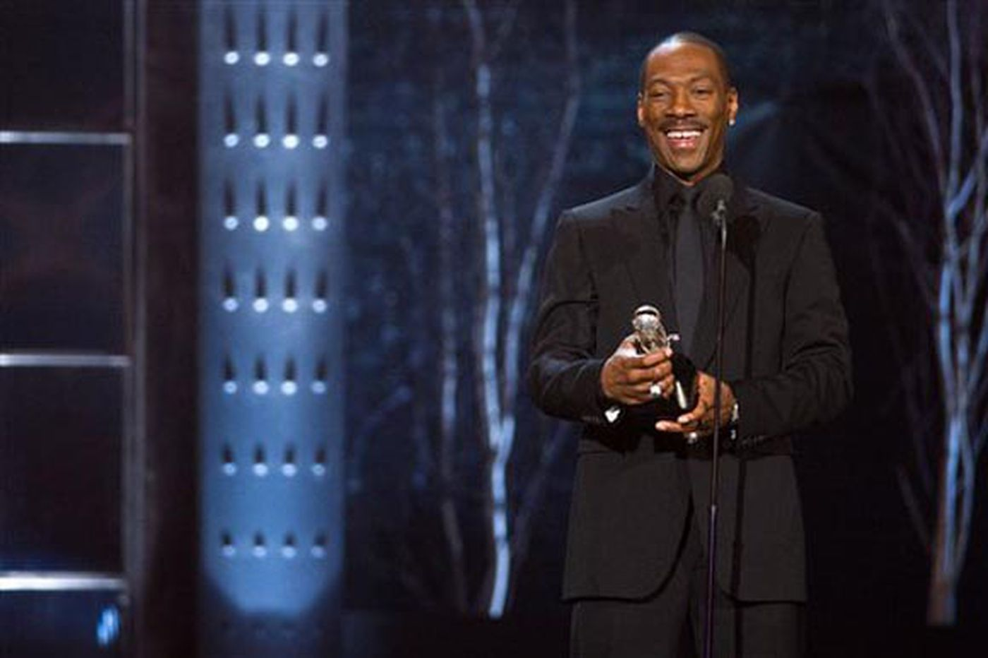 Eddie Murphy will return to 'Saturday Night Live' for the first time in 35 years