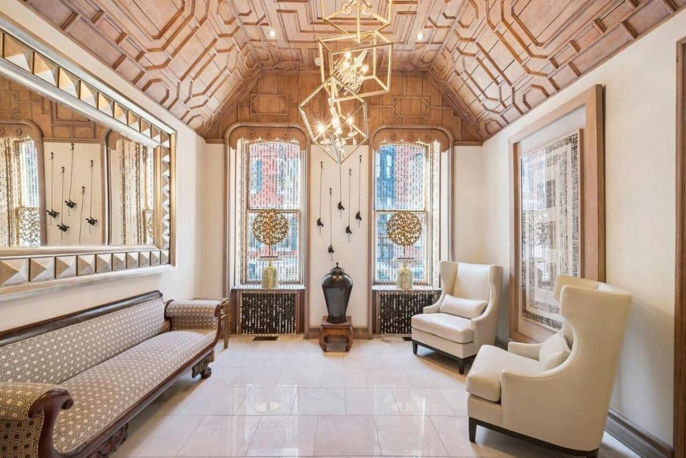Multimillion-dollar homes in Philly with can't-be-missed ceilings