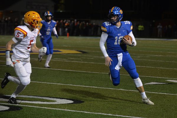 Will Howard leads Downingtown West past Haverford in Class 6A semifinal