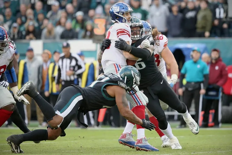 The Eagles will need to get pressure on Giants QB Eli Manning, who will be making his first start since Week 2 tonight.