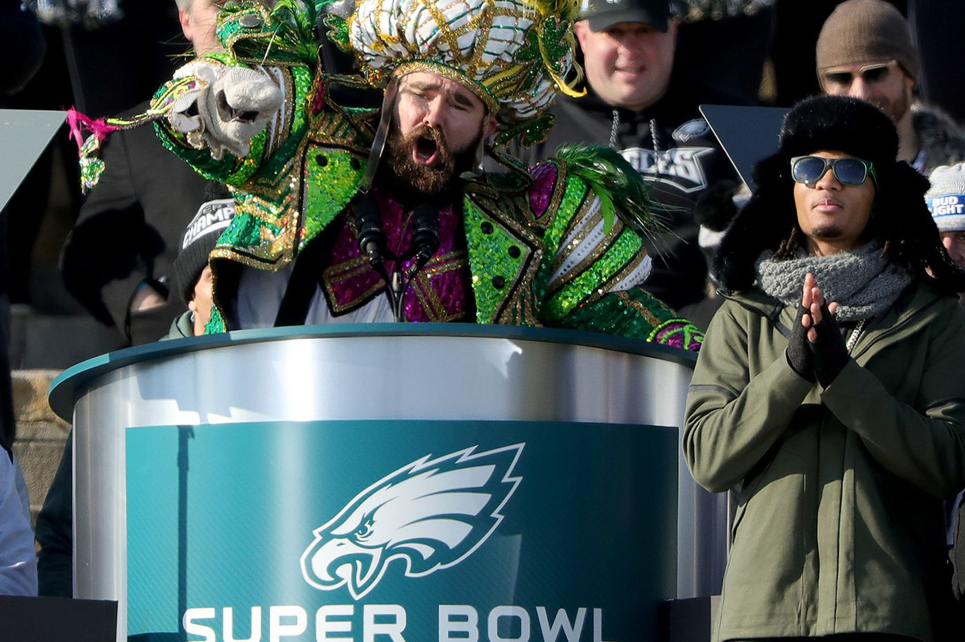 Jason Kelce and wife Kylie are expecting their first child