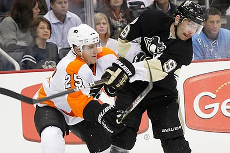 The Flyers and Penguins will renew acquaintances at the Wells Fargo Center tonight. (Keith Srakokic/AP file photo)