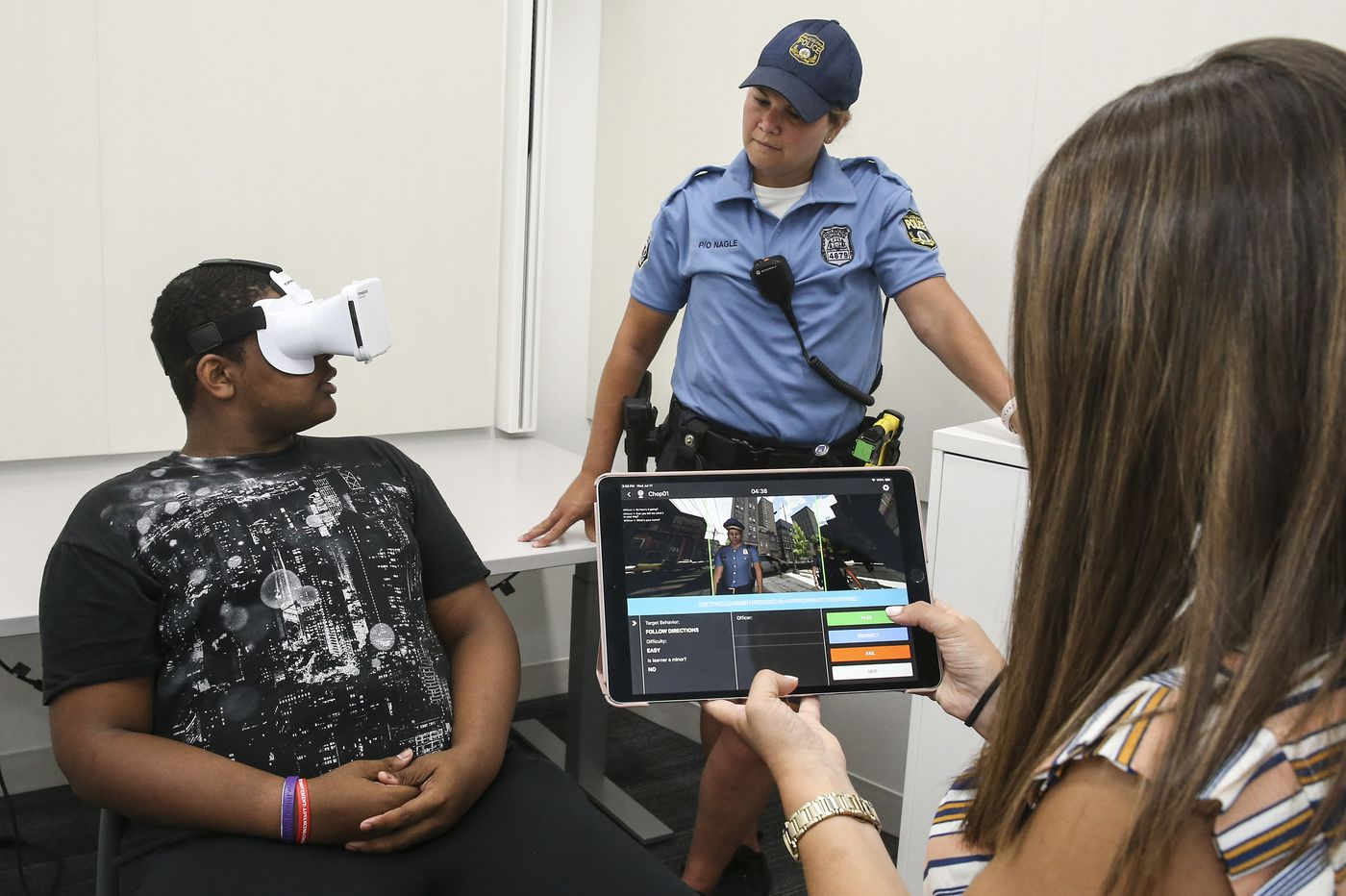 People with autism face special risks dealing with police. This virtual reality program could help.