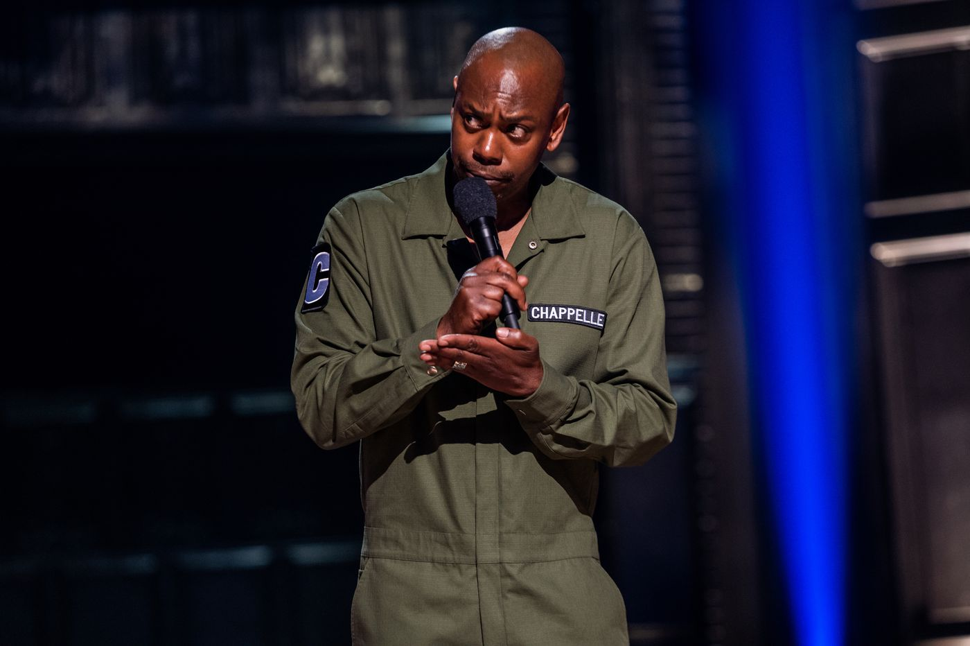 Dave Chappelle defends Kevin Hart in controversial new Netflix comedy special 'Sticks & Stones'