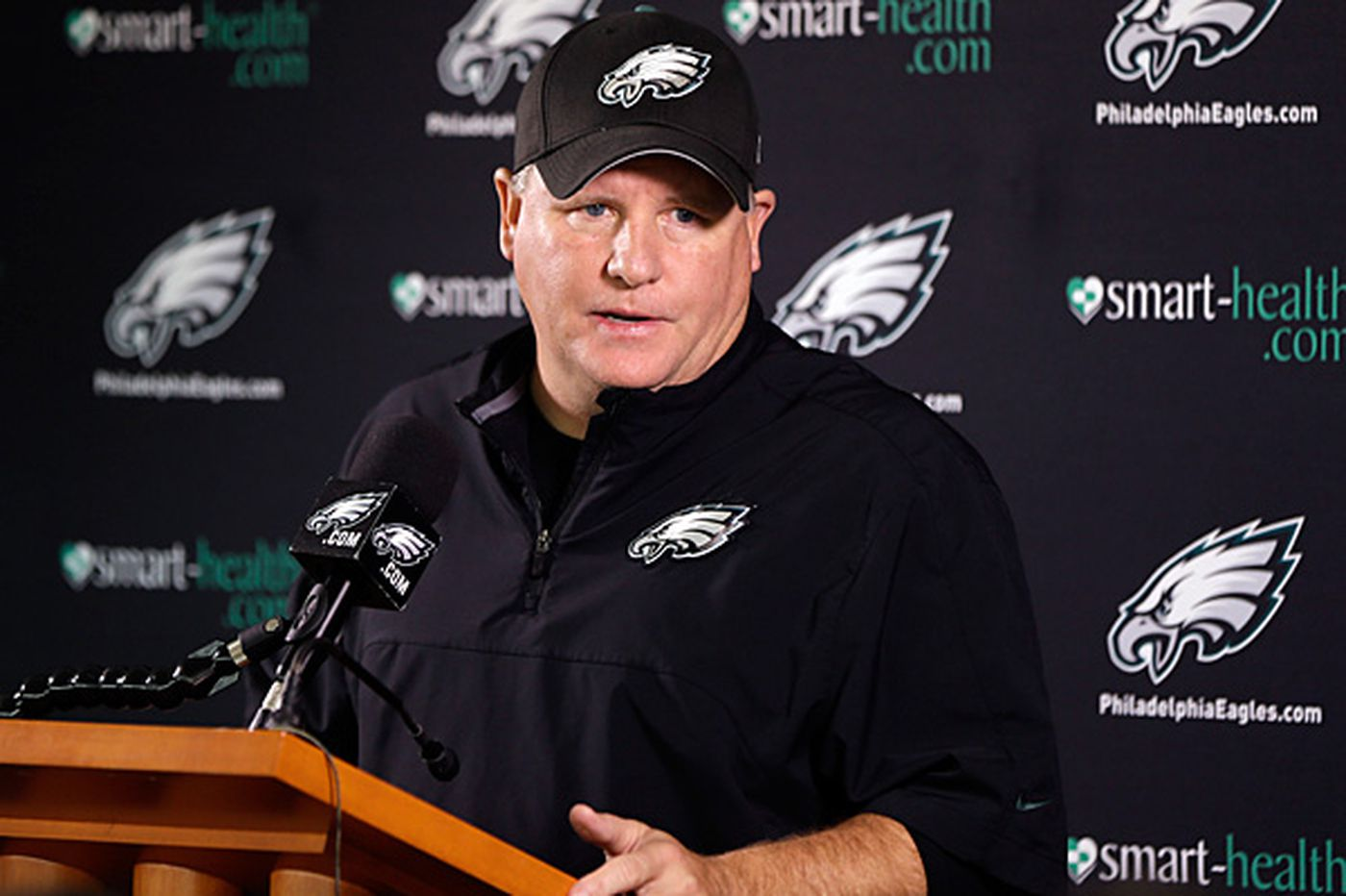 Eagles' Kelly: Longhorn talk a bunch of bull