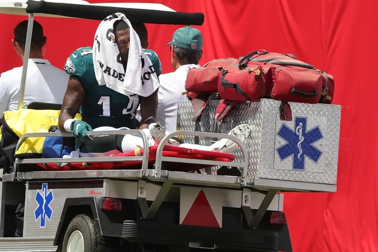 Receiver Mike Wallace broke his right fibula against Tampa Bay. The author can sympathize.