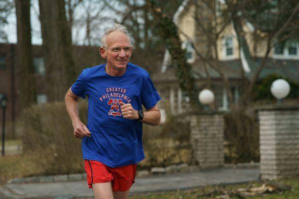 At age 70, the 'Ultrageezer' broke three hours in the marathon. His secret? 'Just run!'