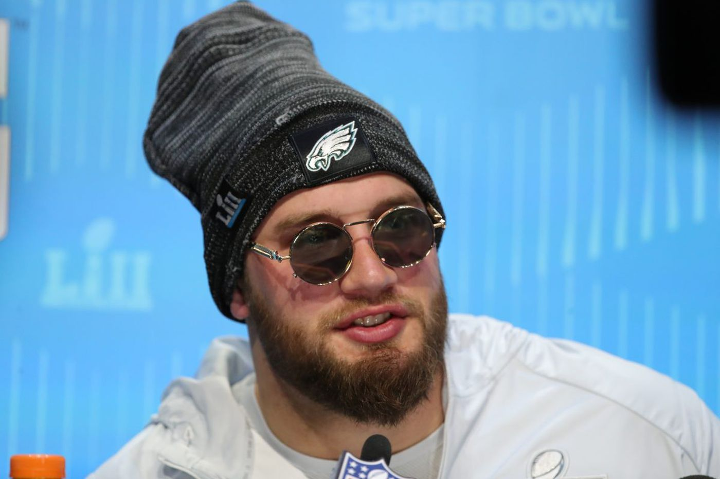 Eagles restructure Lane Johnson contract, create salary cap space